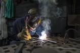 Faturamento e emprego na indústria aumentaram no país